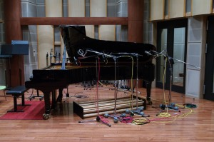 "Acoustic Grove System under the Piano from ""Afterglow"" Eriko Shimizu"